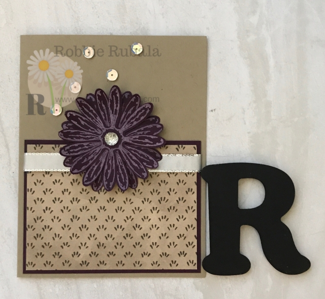 Did you know punches are quick paper cutting tools? On this card the Daisy punch was used to create this pretty flower.