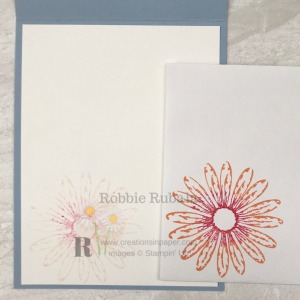 Aren't these daisies so cute? Check out my Hand Stamped Daisy Delight by Stampin' Up by clicking the photo.