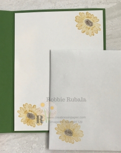 Sunflowers are popping up all over. That means Fall is not far away. Click the picture to see my Stampin' Up Botanical Tags Sunflowers creation.